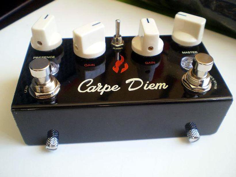 pedal fire carpe diem chaveiro fuzz palhetas gibson 24h r 497 80 em mercado livre. Black Bedroom Furniture Sets. Home Design Ideas