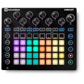 NOVATION CIRCUIT - CONTROLADOR, SINTETIZADOR E DRUM MACHINE